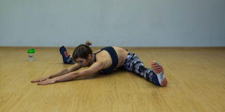 Упражнения для коленей: Растяжка аддукторов