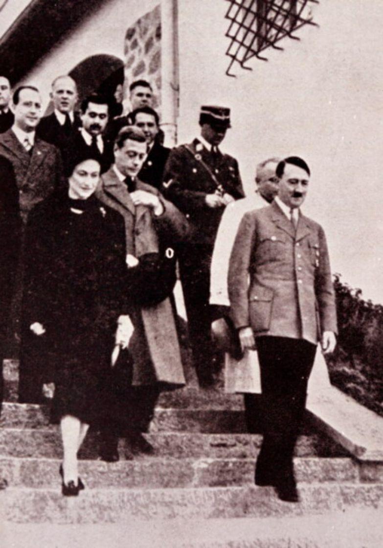 Эдуарда VIII, Уоллис Симпсон вместе с Гитлером