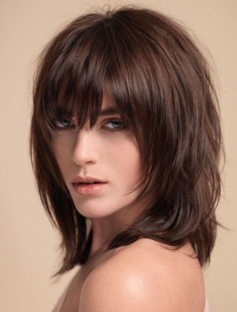 Прическа аврора на средние волосы с челкой женские