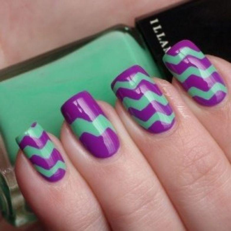 Ногти дизайн фиолетовый с зеленым