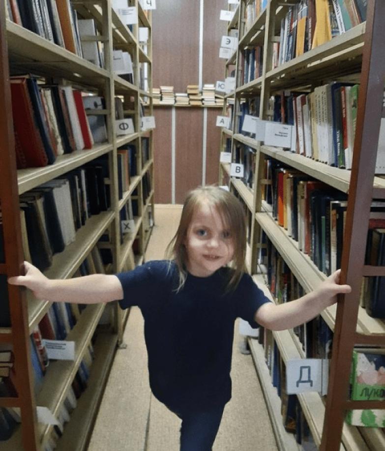 Вечно поправляет преподавателей, задирает нос. 9-летняя девочка поступила в МГУ
