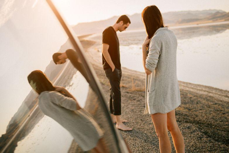 Почему мужчина игнорирует любимую женщину