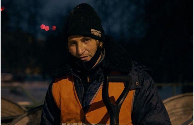 Уфимский дворник Юра стал знаменитостью благодаря фотосессии :: Репост :: РБК Стиль