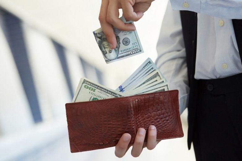 как получить много денег
