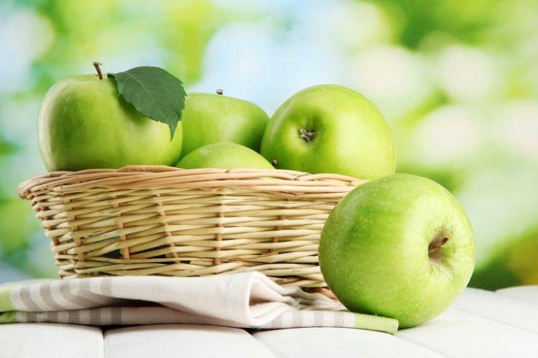 яблоки в доме