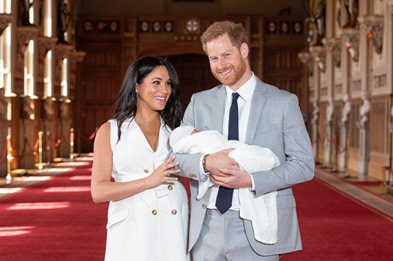 Меган Маркл и принц Гарри с сыном Арчи в 2019 году