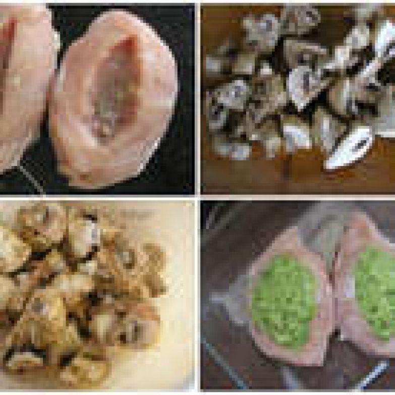Брокколи взбиваем в блендере с 1 ч. л оливкового масла. В филе сделать надрез вдоль, добавить соль и специи по вкусу, выложить в форму. В надрезы положить пюре из брокколи. Грибы разрезать на четверти, добавить сок лимона, оливковое масло, немного прованских трав, перемешать.