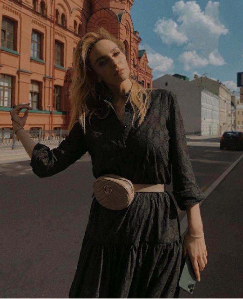 Не так давно Катя рассталась с Мякиньковым, с которым встречалась шесть лет