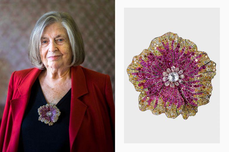 Брошь — любимый жанр миссис Муссайефф, здесь в титан были оправлены рубины, турмалины и бриллианты