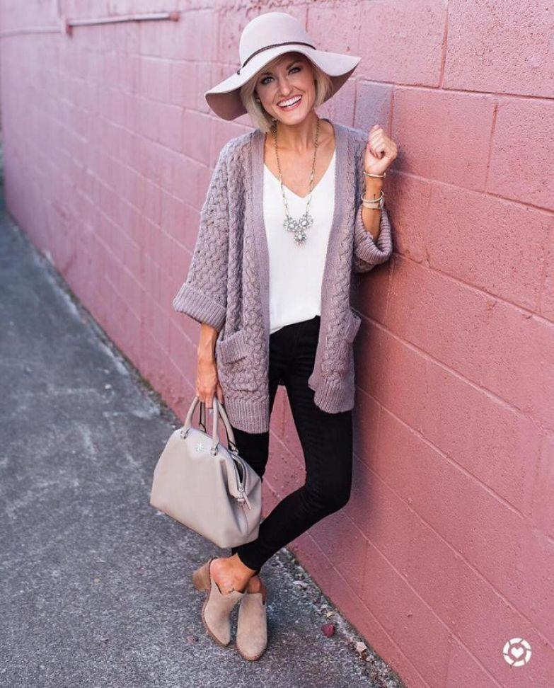 базовый гардероб 40 летней женщины