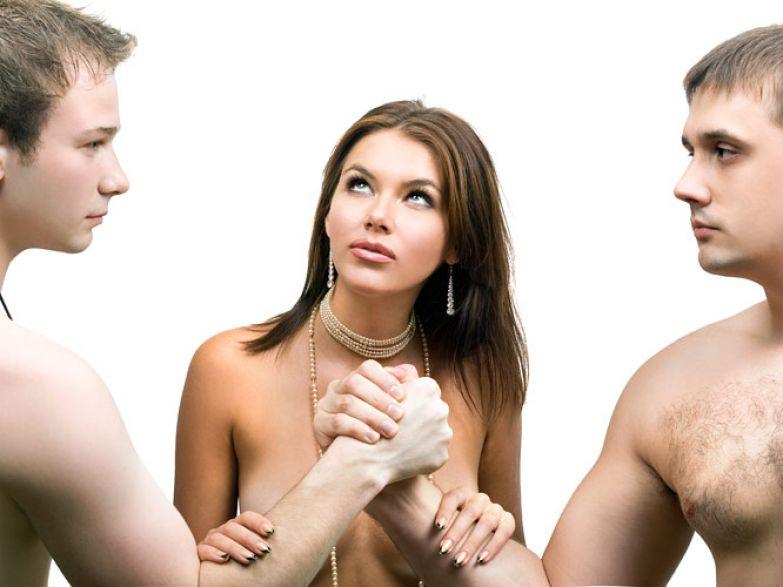 Мебсестра лесби делает анальное зондирование - Порно Онлайн
