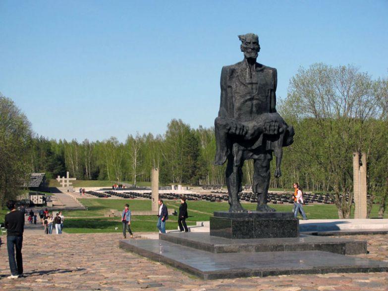 Мемориальный комплекс в Хатыни памятники, памятники россии