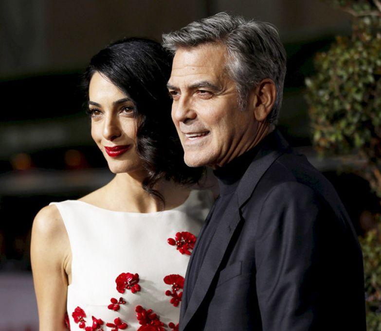 Амаль и Джордж Клуни на премьере фильма «Да здравствует Цезарь!» в Голливуде (2016)