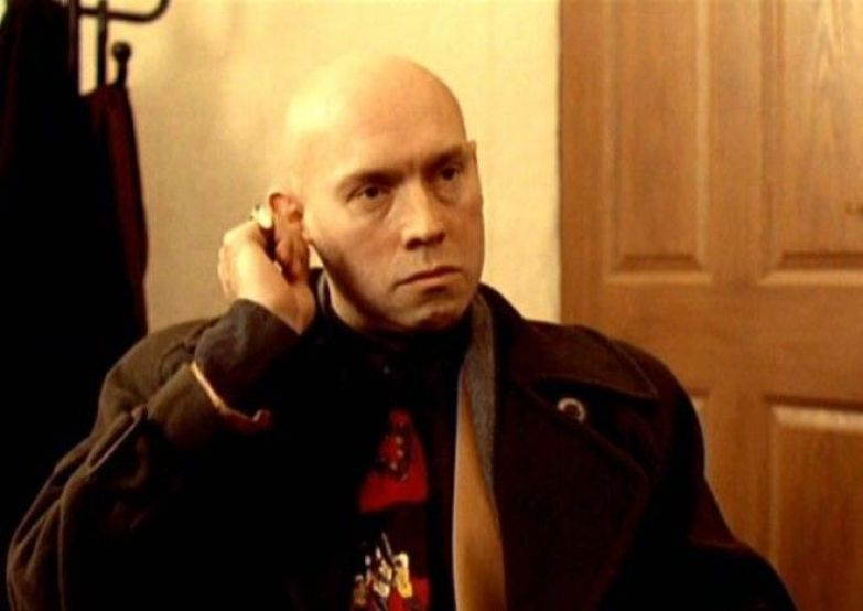 Виктор Сухоруков в фильме Брат 1997 Фото kinoteatrru