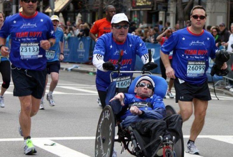 Дик хойт с сыном в инвалидной коляске
