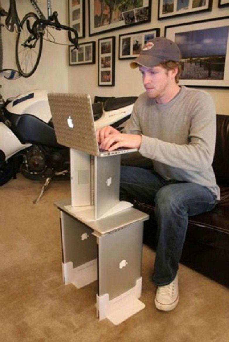 Когда тебе говорят, что хватит уже поклоняться Apple, а ты не понимаешь в чём дело. like a boss, прикол, юмор