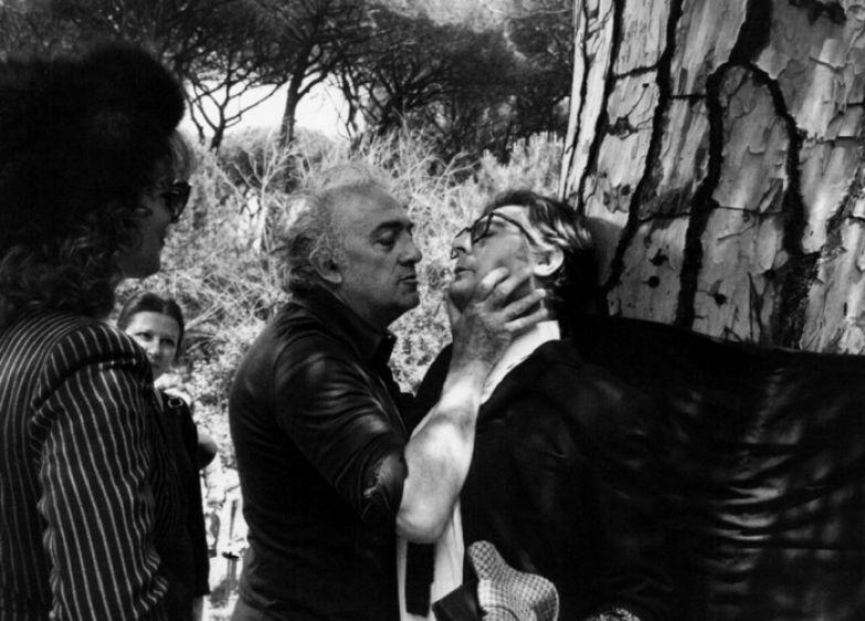 Федерико Феллини и Марчелло Мастроянни во время съемок фильма «Восемь с половиной»