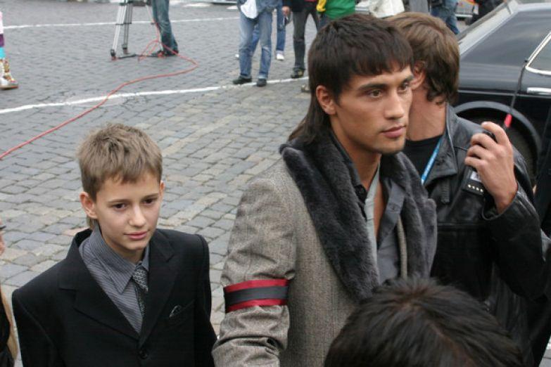 На вручение премии MTV-2005 Билан приехал с сыном Айзеншписа