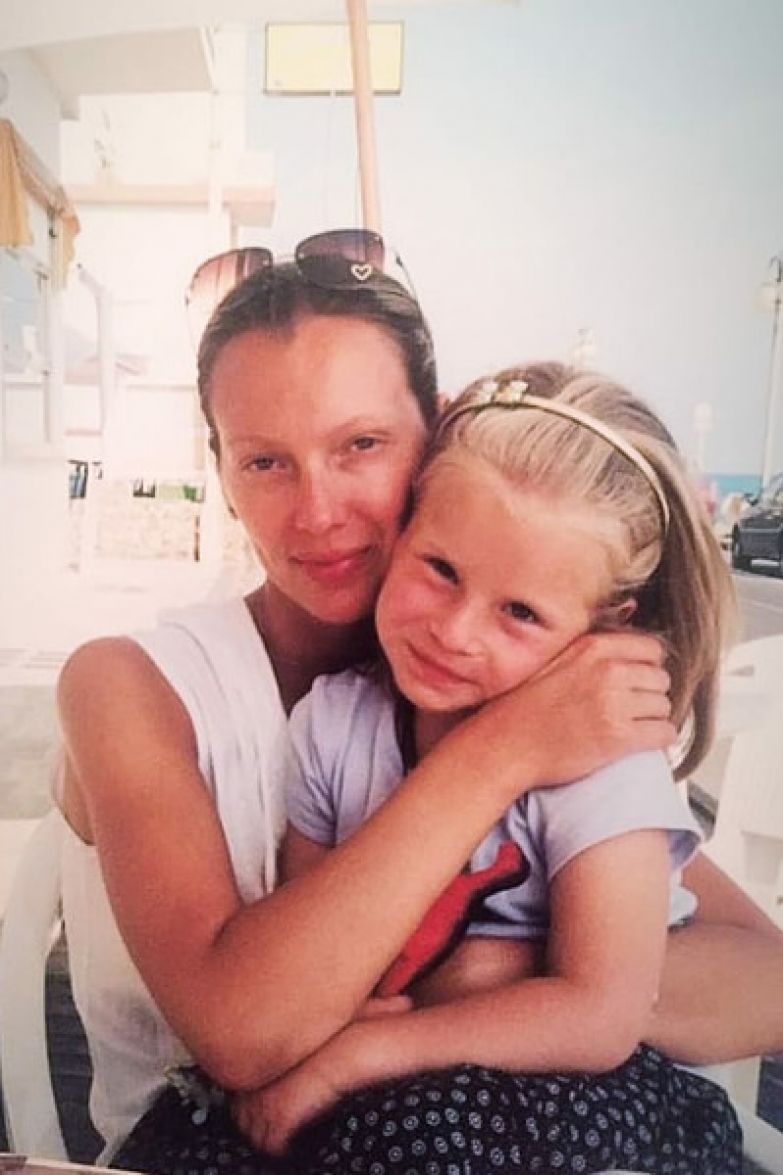 Мария Воробьева подарила артисту дочь Полину