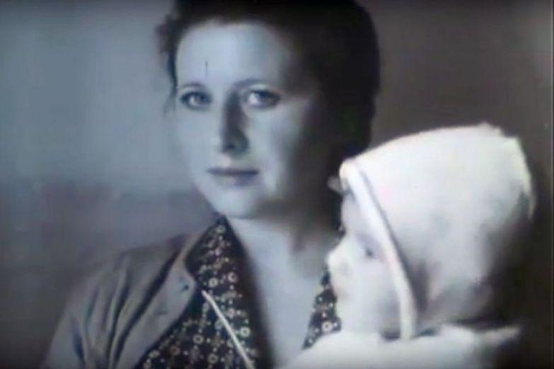 Ольга Овечкина с дочерью. / Фото: www.cont.ws