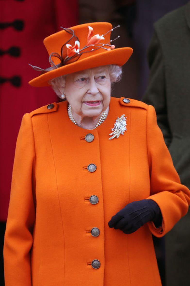 Елизавета II созвала семейный совет