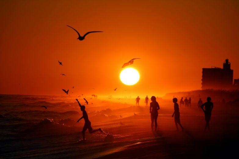 Энтони ДеллаКрос. Закат на пляже в Пенсаколе, США.