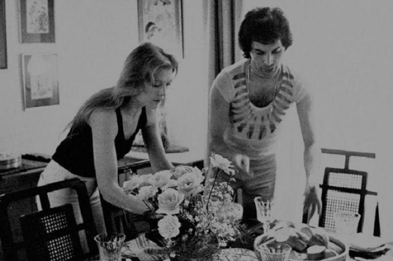 Легендарный британский певец Фредди Меркьюри был и остается любовью всей жизни для Мэри Остин.