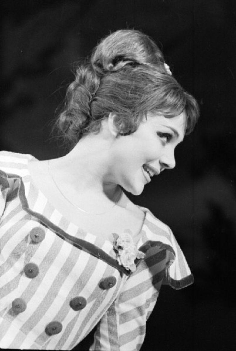 Валентина Малявина с юных лет мечтала о карьере актрисы