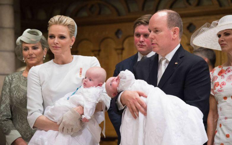 Крещение долгожданных близнецов Жака Оноре Ренье и Габриэллы Терезы Марии.