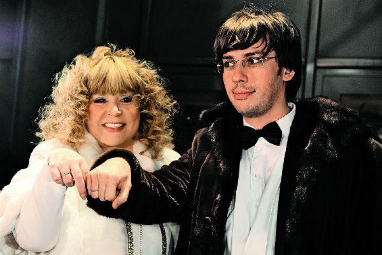 Алла и Максим поженились 23 декабря 2011 года