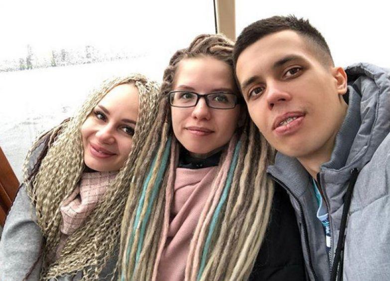 Елена и Екатерина потеряли любимого мужчину Юру