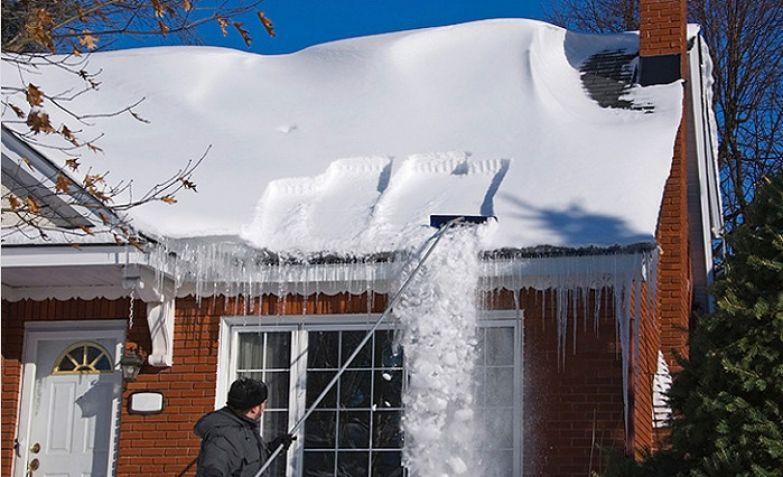 как легко убрать снег с крыши