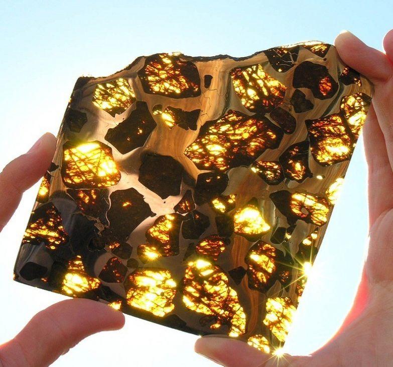 11. Метеорит Фукан, палласит, найденный в Китае в 2000 году: интересные фото, удивительное рядом, факты