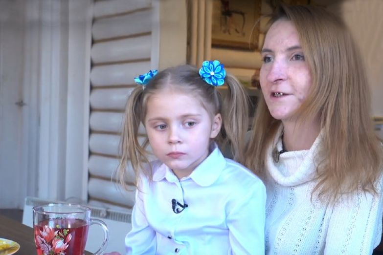 Людмила обещала побороть алкогольную зависимость ради дочери, но ей не удалось...