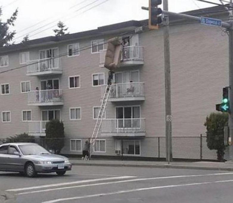 Через минуту им может стать совсем не смешно Безопасность превыше всего, прикол, юмор