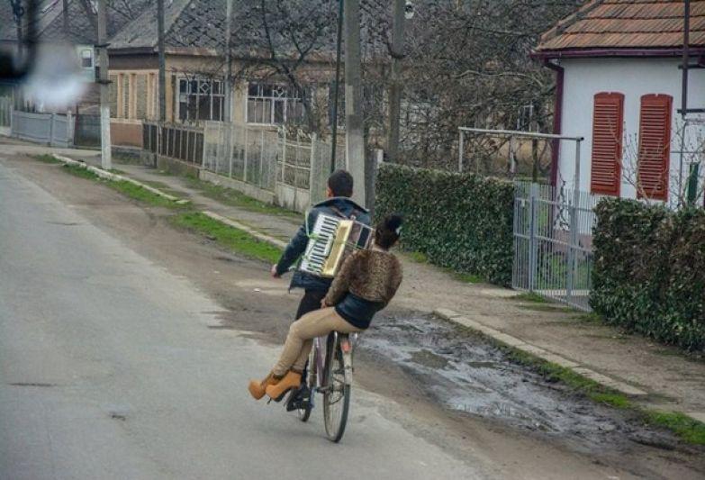 Первый парень на деревне) деревня, дискотека, клуб, прикол, село