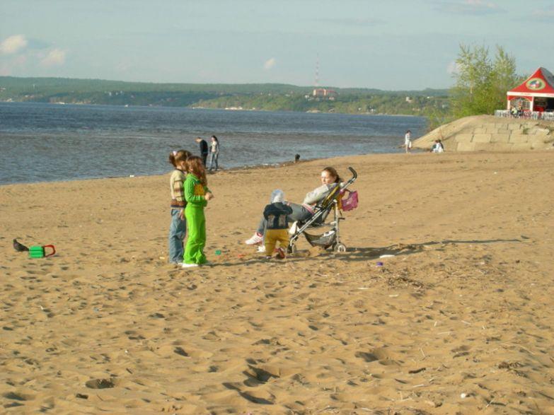 Пляжный сезон тут не закачивается никогда прикол, россия, самара, юмор