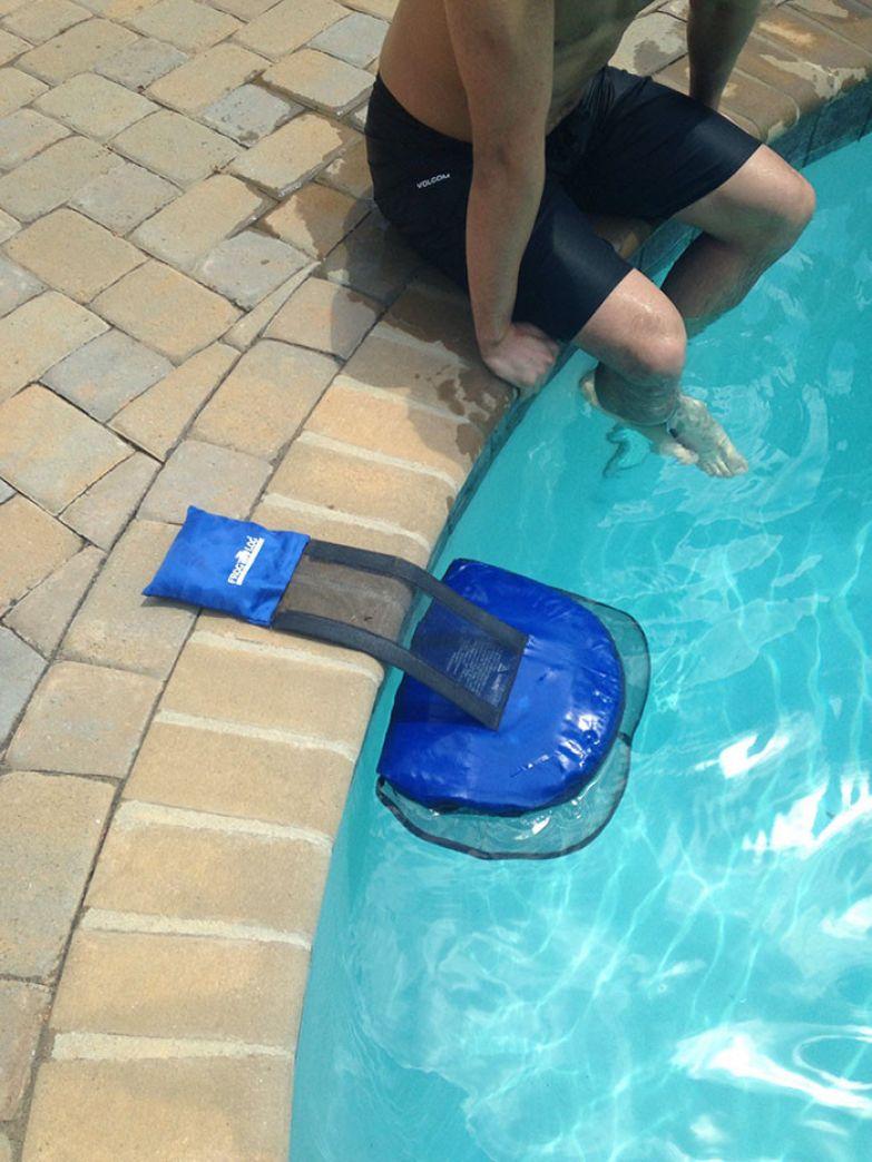 Платформа для лягушек: теперь случайно попавшая в бассейн амфибия без труда выберется оттуда и не напугает хозяйку! нестандартно, оригинально, проблемы, решения