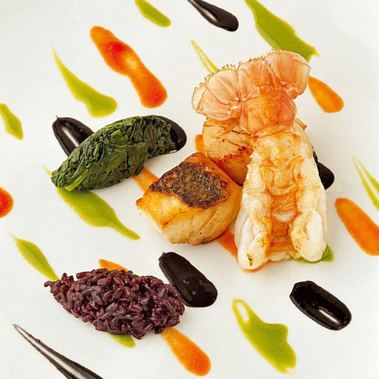 Салат из морепродуктов в ресторане «Мистраль»