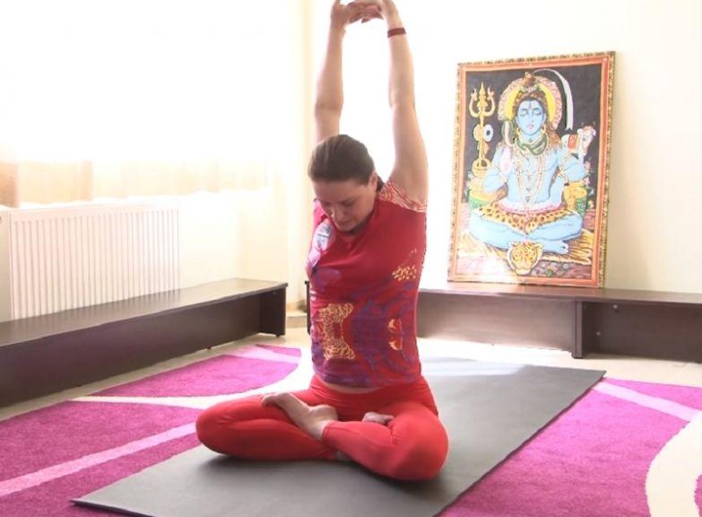 йога для шеи при остеохондрозе
