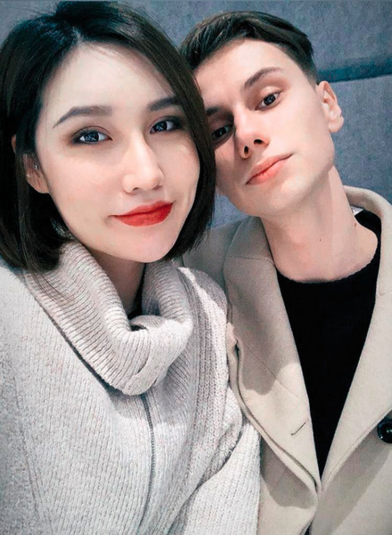Дмитрий уже начал учить китайский, чтобы понимать Астрид