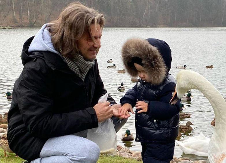 На прошлой неделе сыну певца Марку исполнилось два года