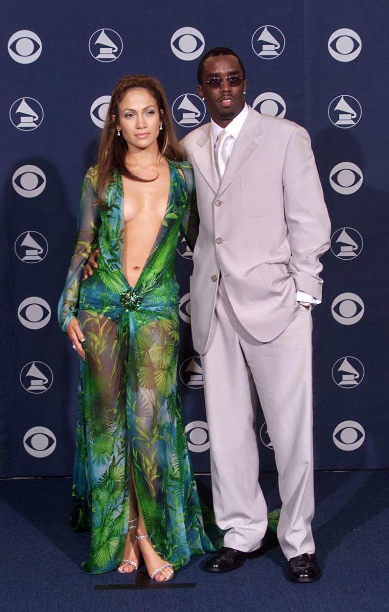 P Diddy, или Шон Комбс, сразу влюбился в знойную красотку, однако их отношения закончила Лопес после перестрелки с участием репера, она не захотела участвовать в скандальных разборках любовники, романы знаменитостей