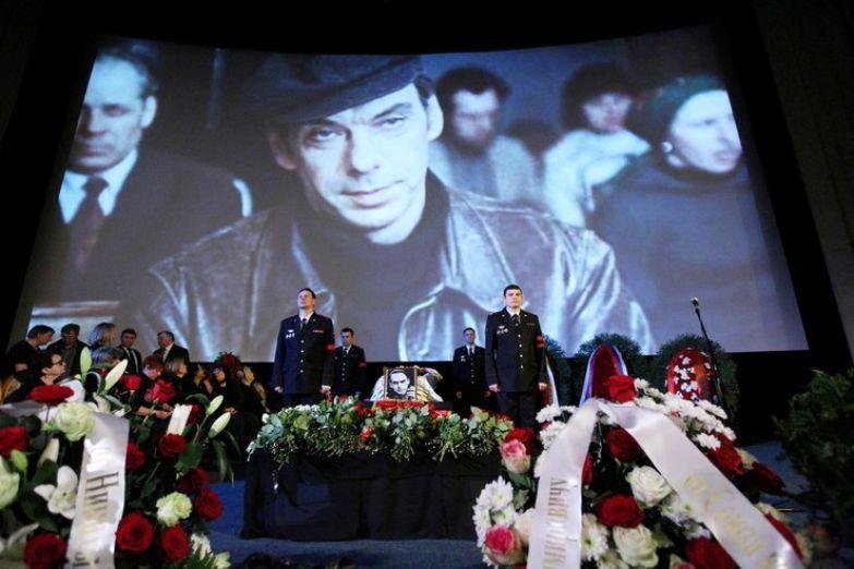Смерть Алексея Владимировича шокировала многочисленных поклонников и коллег