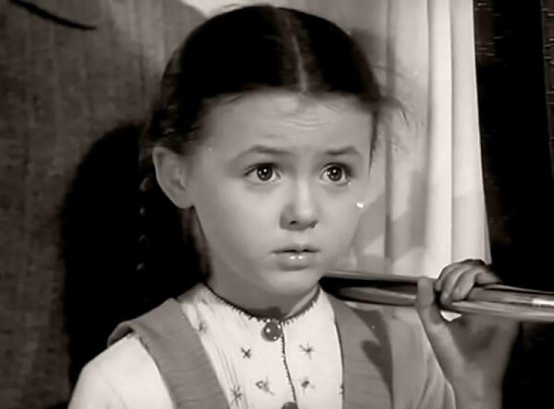 «Алеша Птицын вырабатывает характер» - маленькая Наталья Селезнева