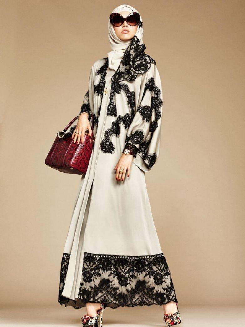 Dolce & Gabbana представил первую коллекцию мусульманских нарядов