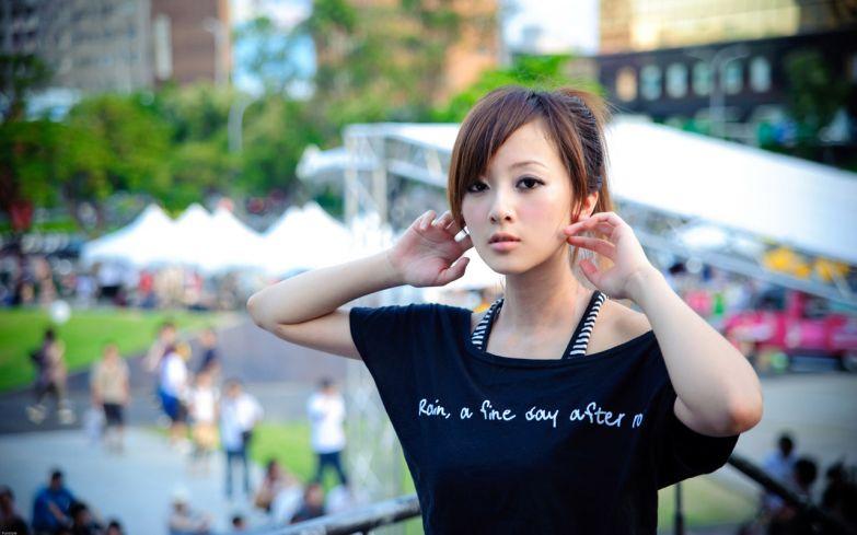 японки позируют фото