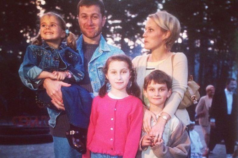 Ирина Маландина подарила предпринимателю пятерых детей