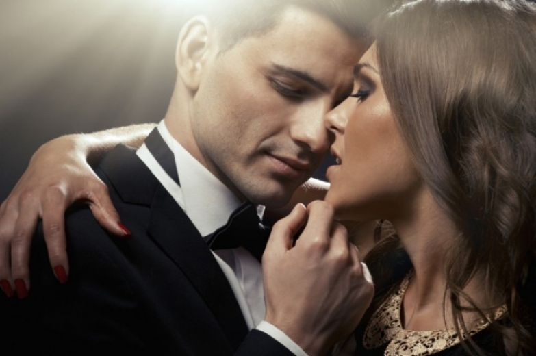 Как соблазнить мужчину с сайта знакомств