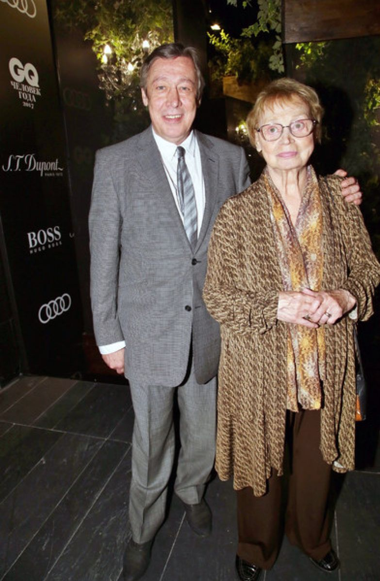 Михаил Ефремов с мамой, актрисой Аллой Покровской